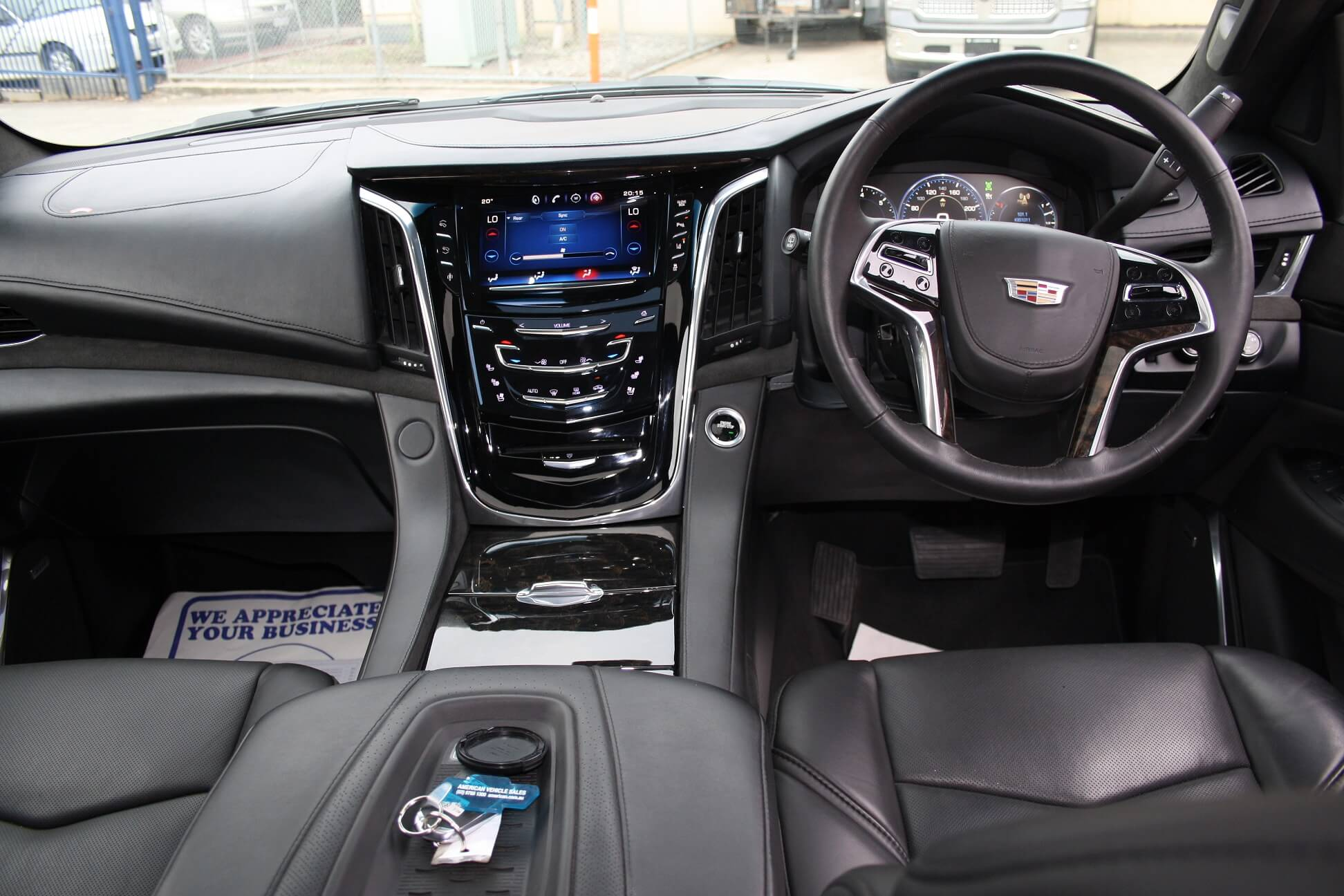 2016 Cadillac Escalade Platinum ESV Edition full