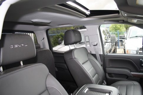 2018 New GMC Sierra Denali 2500HD Crew Cab full