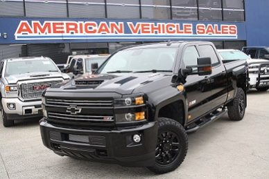2018 chevy silverado 2500 midnight edition
