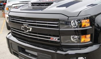 2018 New Chevrolet Silverado Midnight Edition 2500HD Crew Cab full