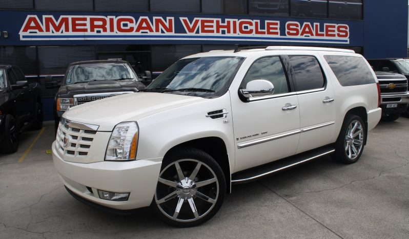 2009 Pre Owned Cadillac Escalade 8 Seater