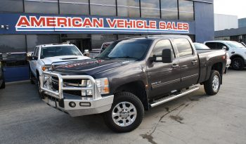 2011 Pre Owned Chevrolet Silverado 2500HD Crew Cab Turbo Diesel full