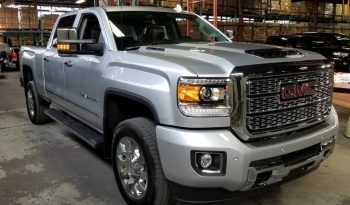 2019 New GMC Sierra Denali 2500HD Crew Cab Turbo Diesel full