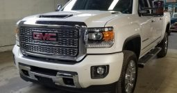 2019 New GMC Sierra Denali 2500HD Crew Cab Turbo Diesel