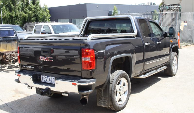 2015 Pre Owned GMC Sierra SLT 2500 Extended Cab Turbo Diesel full