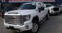 2020 New GMC Sierra Denali 2500HD Crew Cab Turbo Diesel